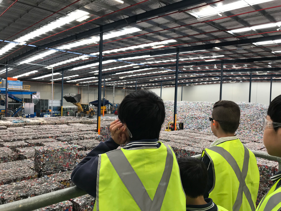 Cecil Hills primary school students visit Container Sorting Facility NSW